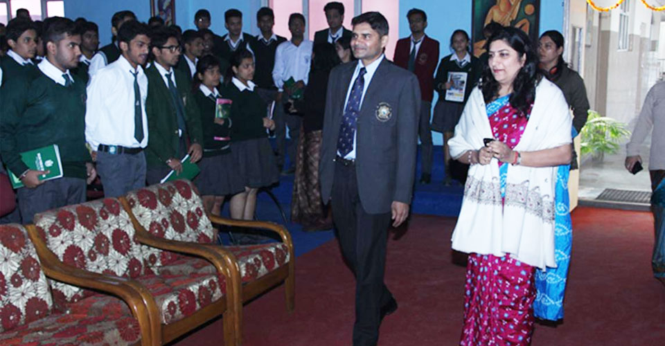 Igniting-the-Achiever-Within-program-for-Schools-Cdr-Abhishek-Kankan-DPS-Meerut-1