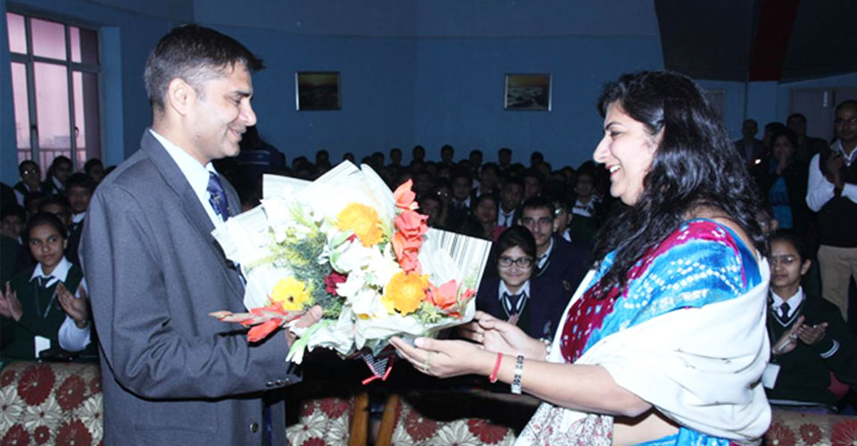 Igniting-the-Achiever-Within-program-for-Schools-Cdr-Abhishek-Kankan-DPS-Meerut-3