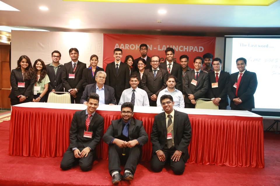 Guest-speaker-at-MMS-Aarohan-2015--MET-Institute-of-Management-3